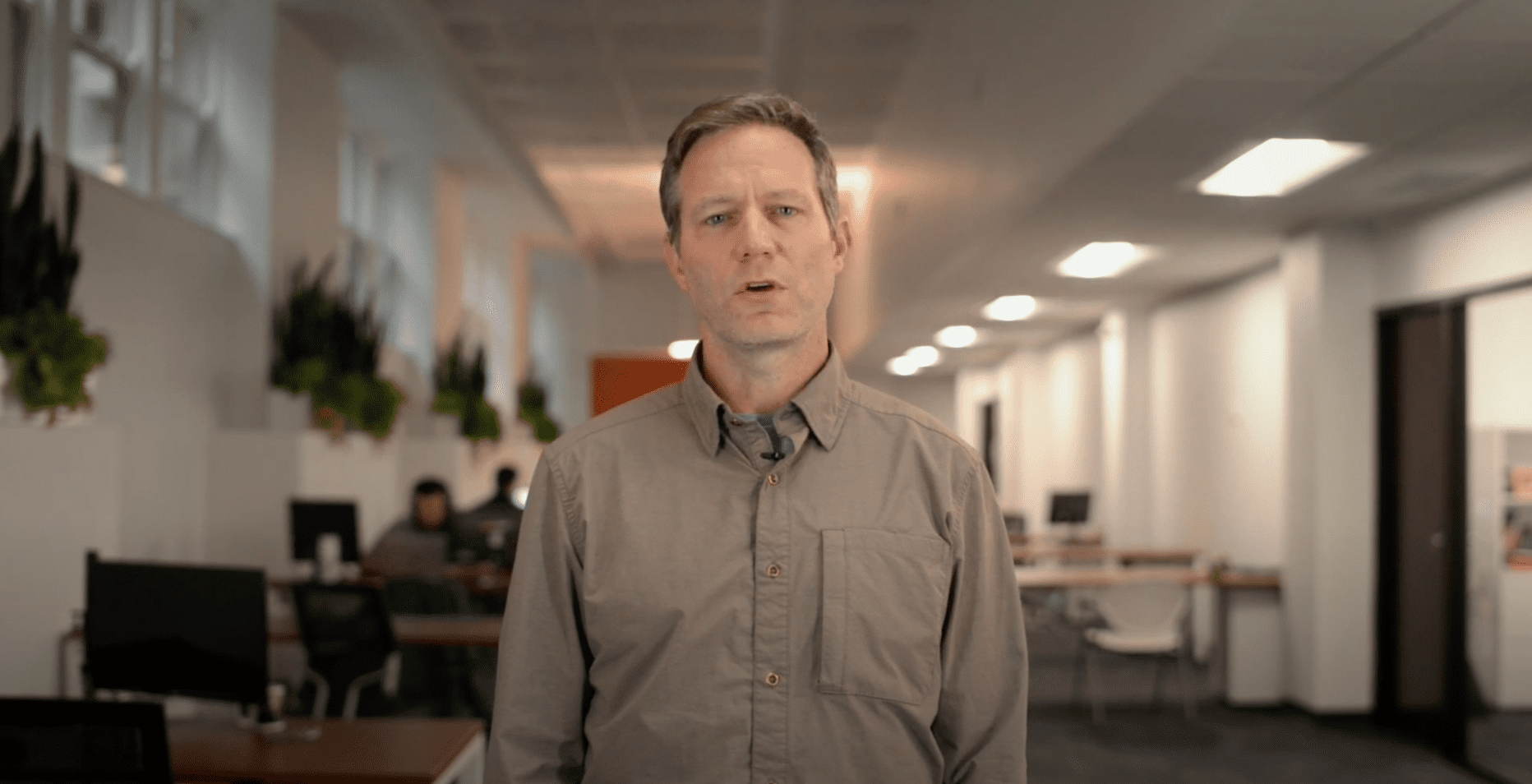 Kevin presenting in a video